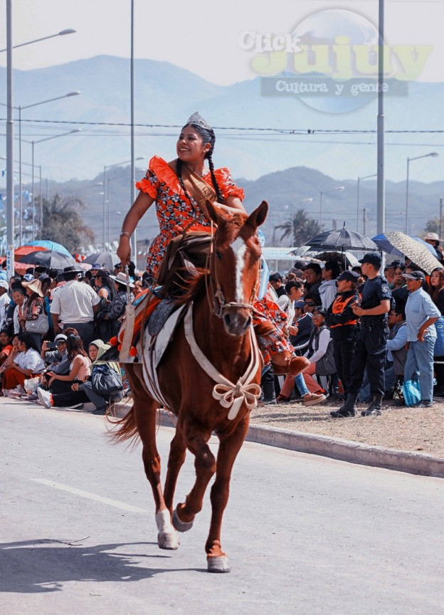 Desfile-gaucho-23-de-agosto-2017-31