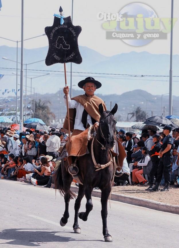 Desfile-gaucho-23-de-agosto-2017-34
