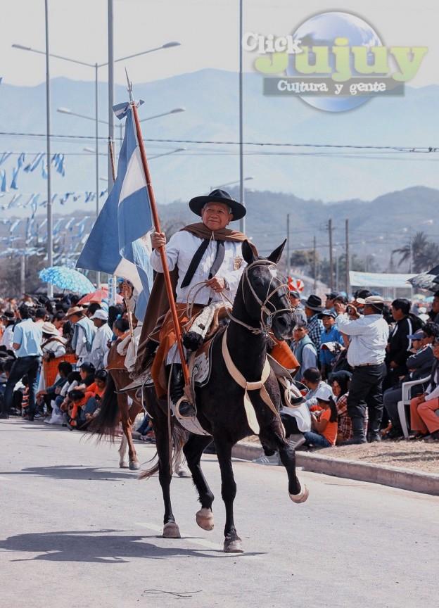 Desfile-gaucho-23-de-agosto-2017-36