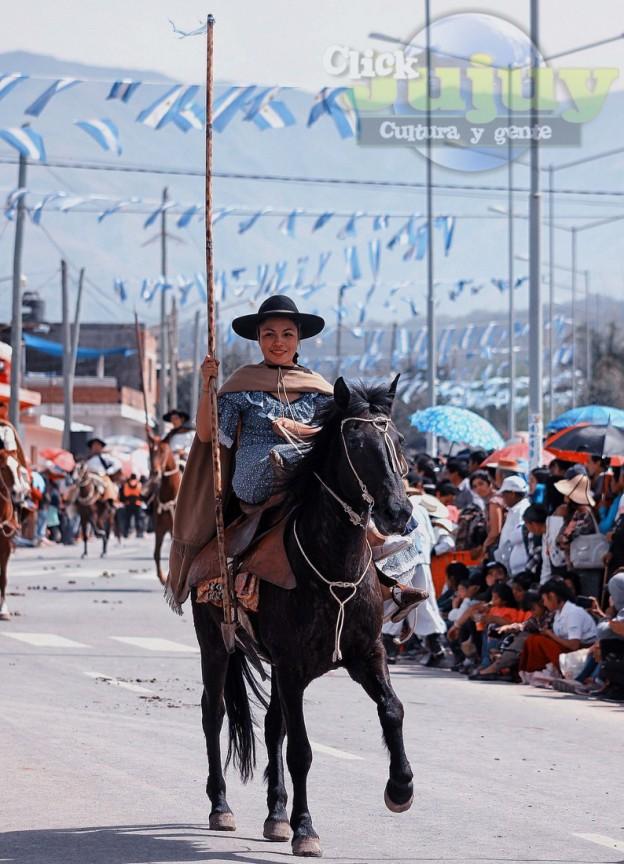 Desfile-gaucho-23-de-agosto-2017-37