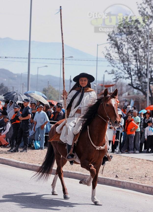 Desfile-gaucho-23-de-agosto-2017-38