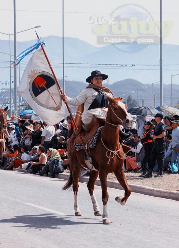 Desfile-gaucho-23-de-agosto-2017-39