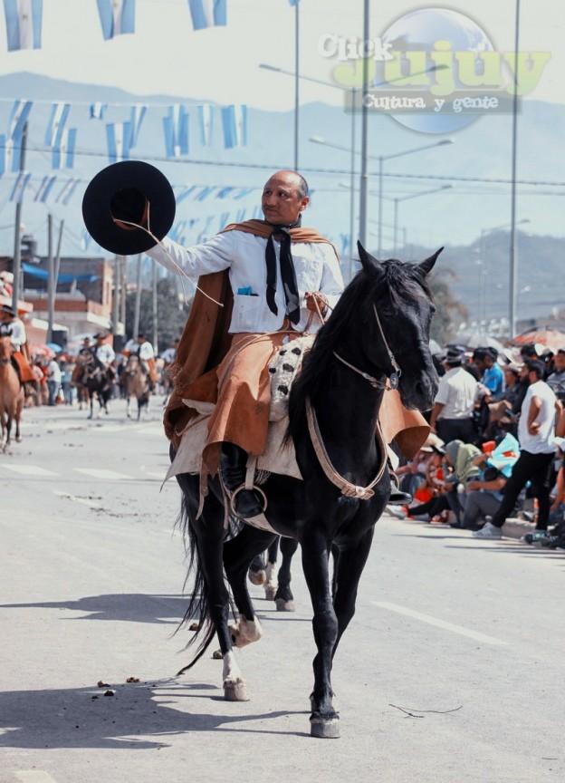 Desfile-gaucho-23-de-agosto-2017-41