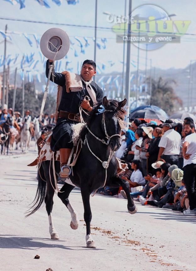 Desfile-gaucho-23-de-agosto-2017-42