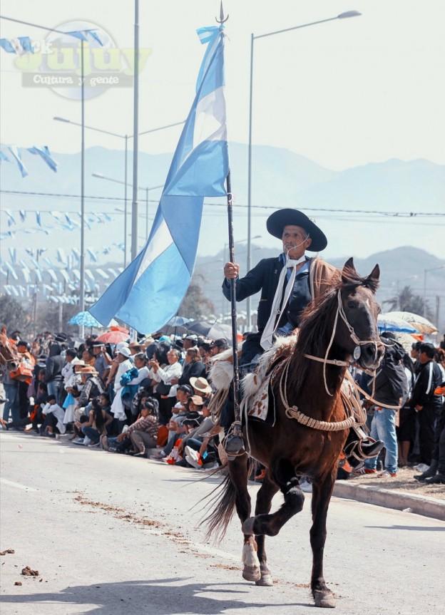 Desfile-gaucho-23-de-agosto-2017-50