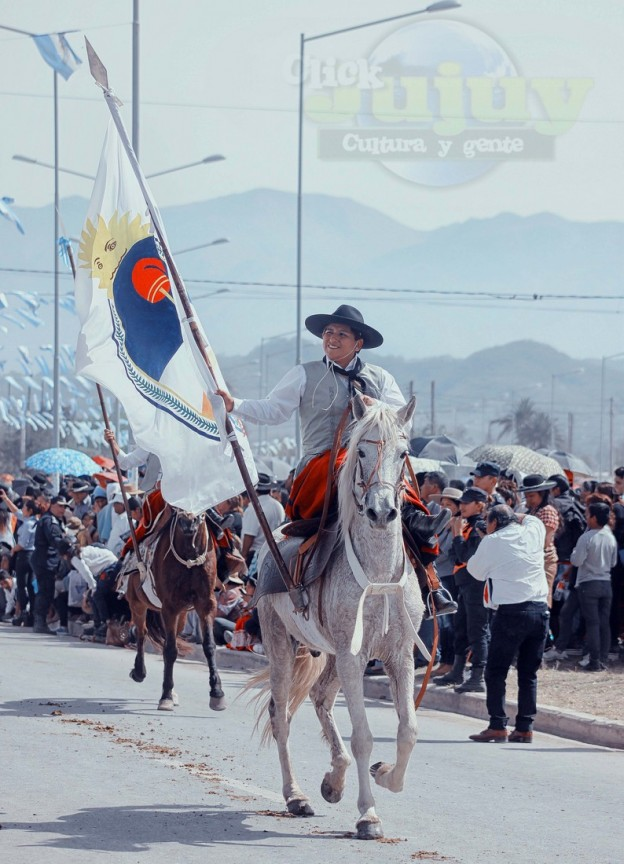 Desfile-gaucho-23-de-agosto-2017-54