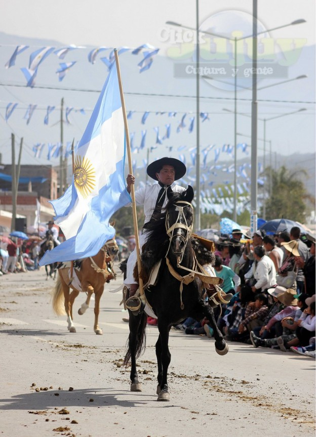 Desfile-gaucho-23-de-agosto-2017 (6)