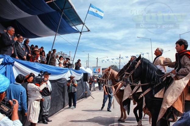 Desfile-gaucho-23-de-agosto-2017