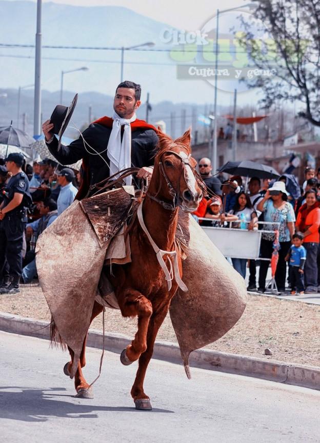 Desfile-gaucho-23-de-agosto-2017-7