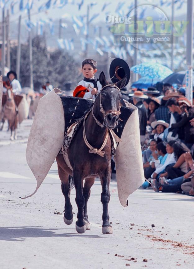 Desfile-gaucho-23-de-agosto-2017-75
