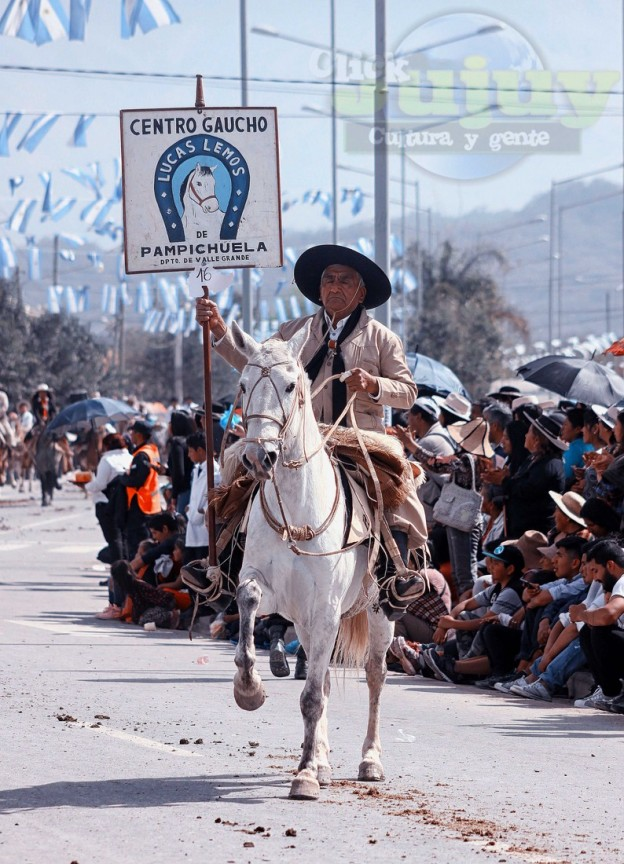 Desfile-gaucho-23-de-agosto-2017-77