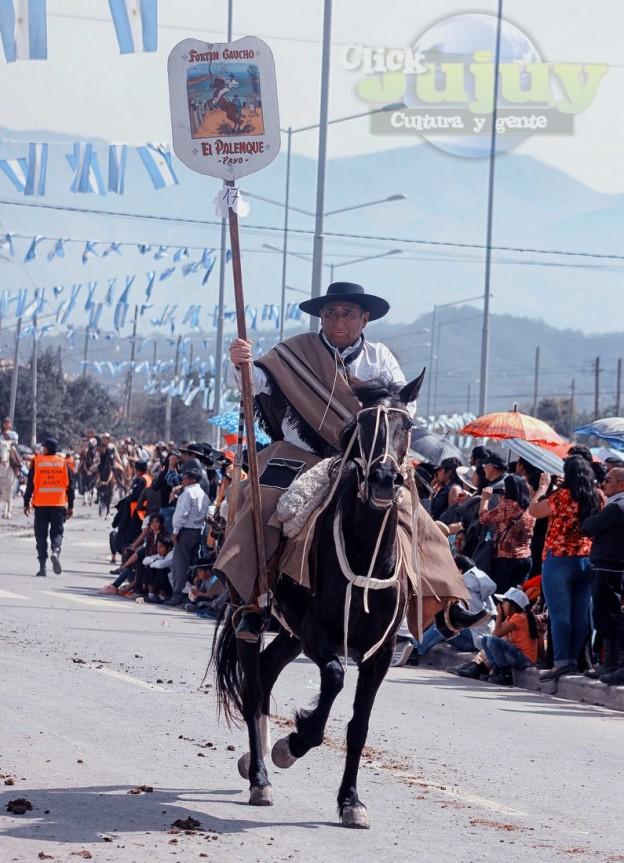 Desfile-gaucho-23-de-agosto-2017-79