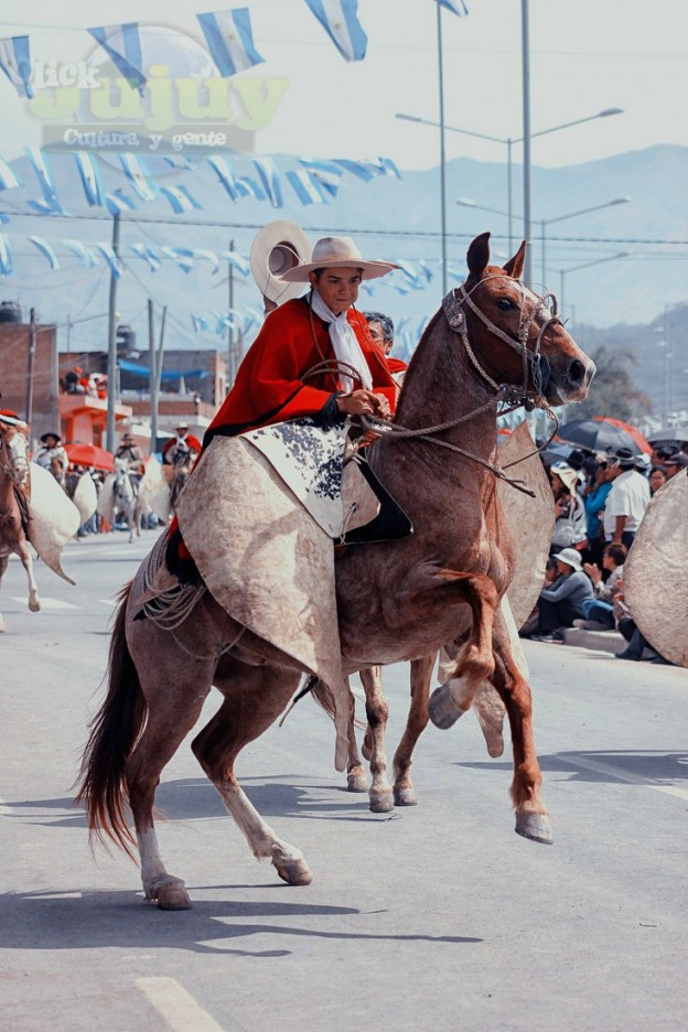 Desfile-gaucho-23-de-agosto-2017-8