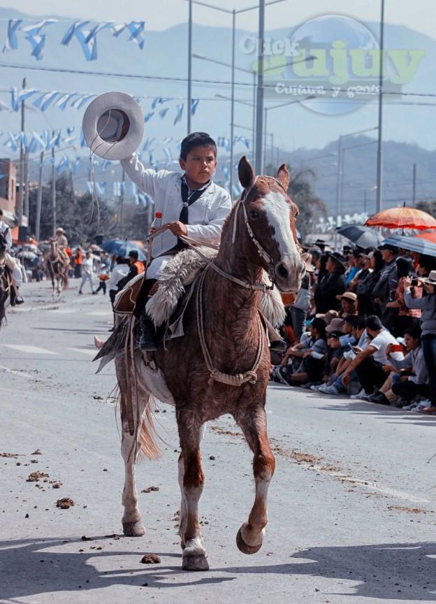 Desfile-gaucho-23-de-agosto-2017-86