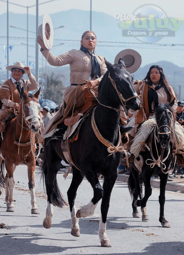Desfile-gaucho-23-de-agosto-2017-88
