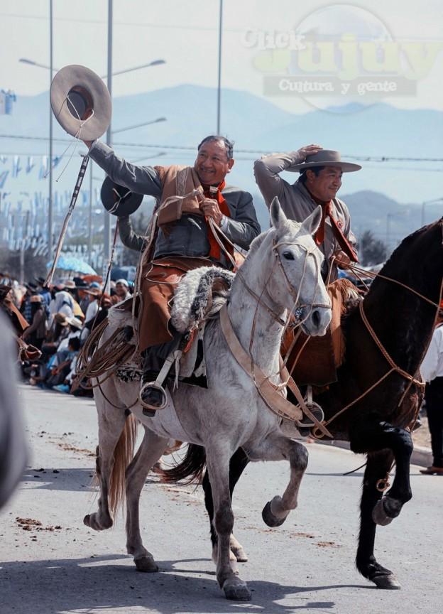 Desfile-gaucho-23-de-agosto-2017-91