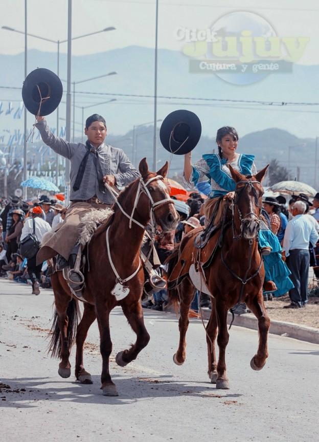 Desfile-gaucho-23-de-agosto-2017-92