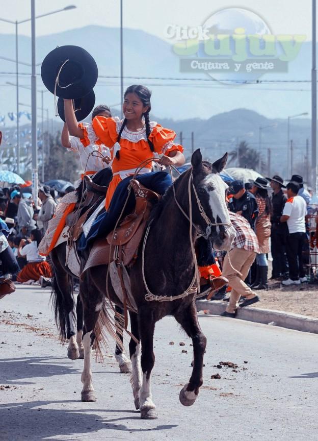 Desfile-gaucho-23-de-agosto-2017-96