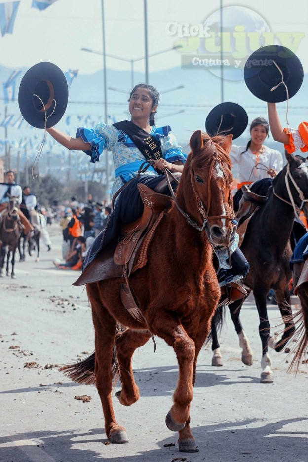 Desfile-gaucho-23-de-agosto-2017-97