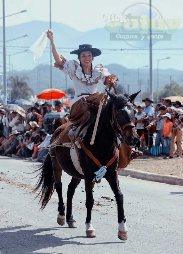 Desfile-gaucho-23-de-agosto-2017-98