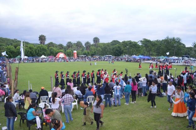 EXITOSO FESTIVAL PROVINCIAL DEL PEJERREY EN EL CARMEN (15)