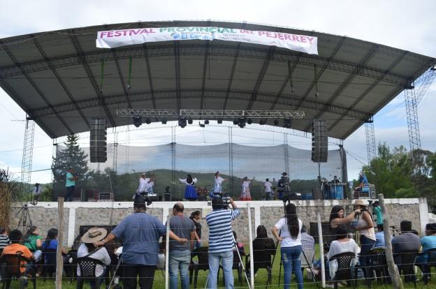 EXITOSO FESTIVAL PROVINCIAL DEL PEJERREY EN EL CARMEN (45)