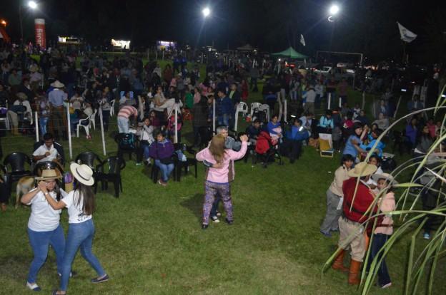 EXITOSO FESTIVAL PROVINCIAL DEL PEJERREY EN EL CARMEN (5)