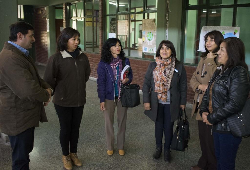 Ediles reunidos con autoridades del colegio.jpg