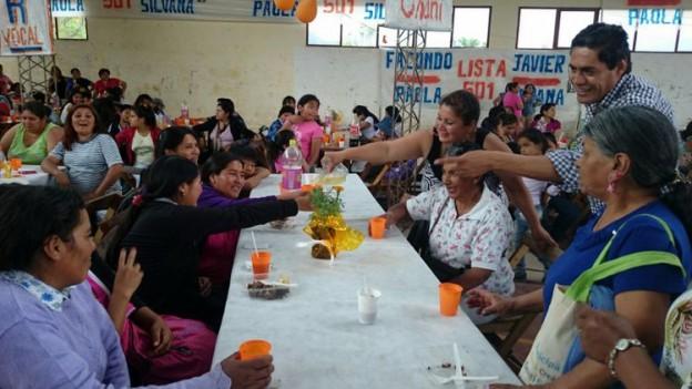 El Municipio de Yala homenajeó a las mamás (11)