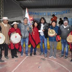 El tradicional jueves de comadres se celebró a pleno en El Aguilar (15)