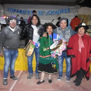 El tradicional jueves de comadres se celebró a pleno en El Aguilar (7)