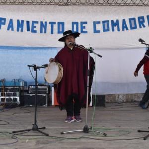 El tradicional jueves de comadres se celebró a pleno en El Aguilar (8)