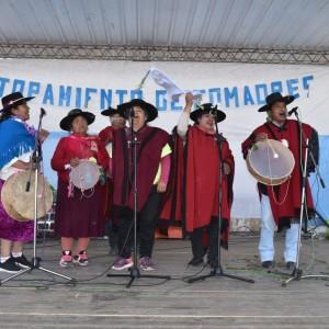 El tradicional jueves de comadres se celebró a pleno en El Aguilar (9)