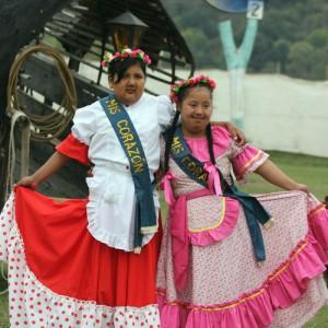 Elección-de-paisana-Coronación-de-Minipaisana-y- Miss-Corazón-de-la-Agrupacion- Gaucha-San-jose-de-Chijra (7)