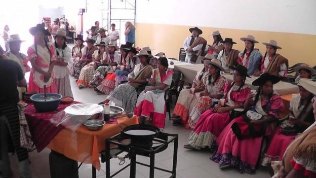 en-el-marco-del-dia-de-la-tradicion-las-candidatas-estuvieron-visitando-la-ciudad-de-el-carmen-6