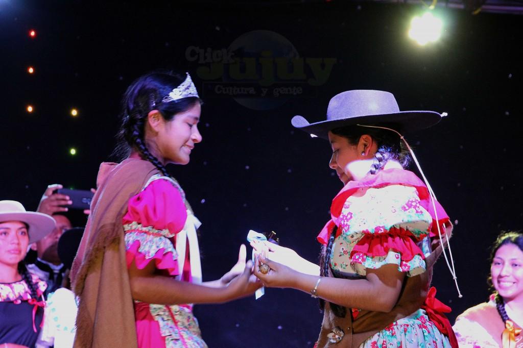 Enrtega de cetro Paisana Provincial 2017 - 2018