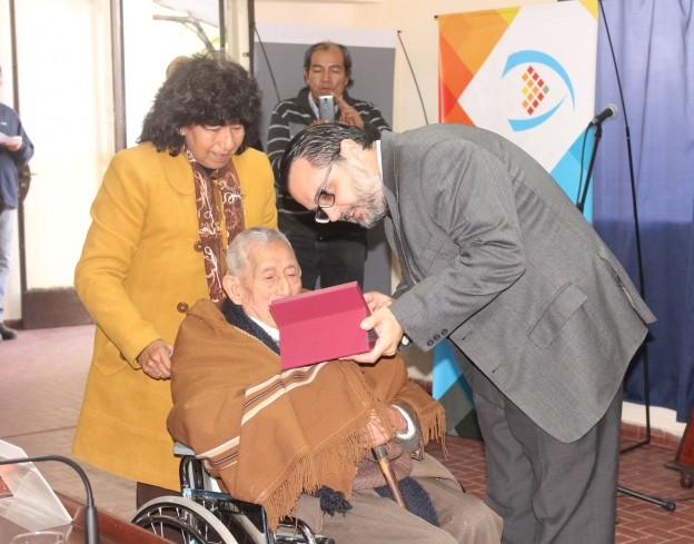"""Entregaron premios """"Tacita de Plata"""" a vecinos de diferentes barrios (6)"""