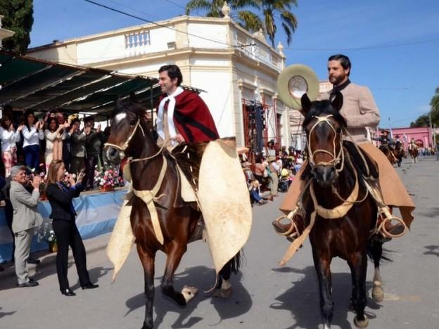 FELLNER Y URTUBEY PARTICIPARON DE LA CELEBRACIÓN DE LA OCTAVA DE LA VIRGEN DEL CARMEN (4)