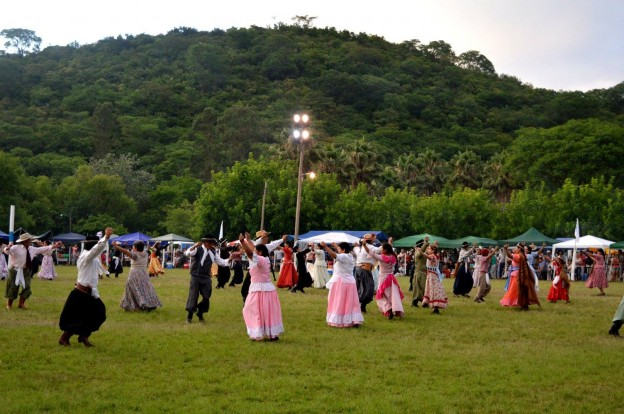 FESTIVAL PROVINCIAL DE LOS DIQUES 23