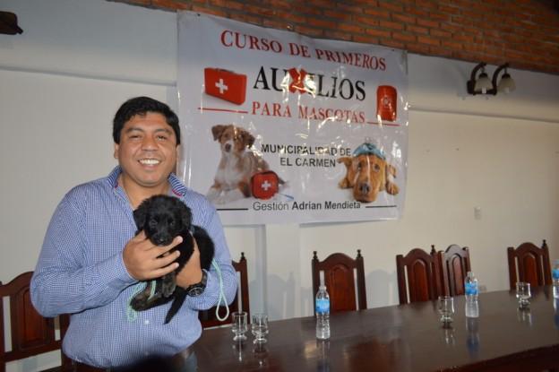 finalizo-con-total-exito-el-curso-de-primeros-auxilios-para-mascotas