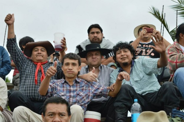HISTORICO REGRESO DE LA JINETEADA AL CENTRO GAUCHO CORONEL ARENAS (13)