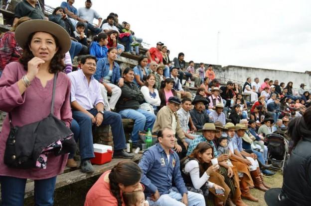 HISTORICO REGRESO DE LA JINETEADA AL CENTRO GAUCHO CORONEL ARENAS (28)
