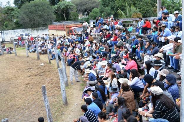 HISTORICO REGRESO DE LA JINETEADA AL CENTRO GAUCHO CORONEL ARENAS (36)