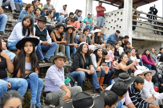 HISTORICO REGRESO DE LA JINETEADA AL CENTRO GAUCHO CORONEL ARENAS (52)