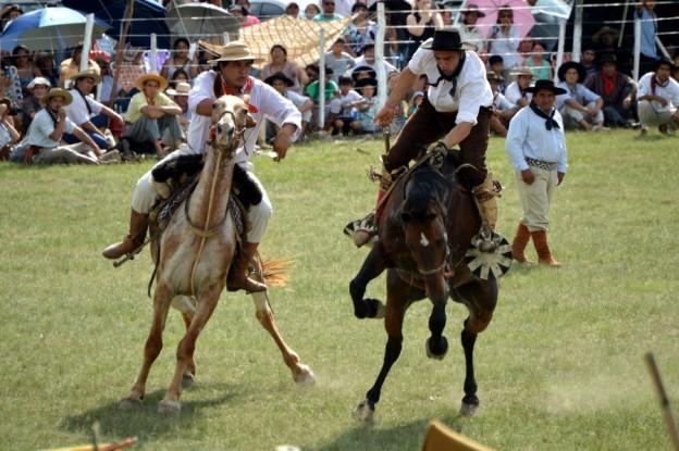 jineteada-festival-provincial-de-los-diques