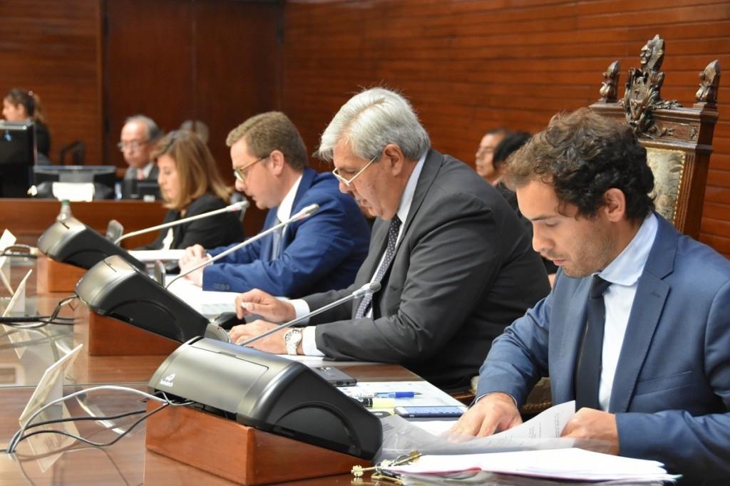 LA LEGISLATURA APROBÓ DOS LEYES IMPORTANTES PARA LA PROVINCIA (1)