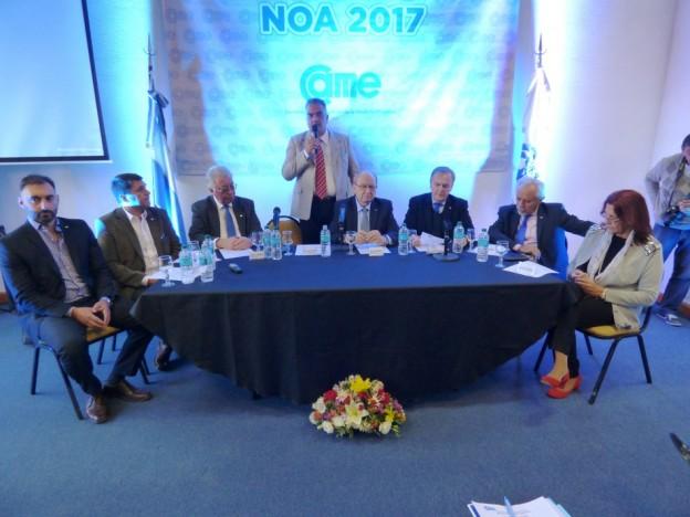 MAS DE 100 DIRIGENTES EMPRESARIOS DEL NOA DEBATIERON EN JUJUY UNA REFORMA FISCAL