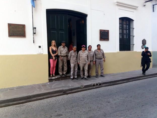MUSEO LAVALLE COLOCARON NUEVA PUERTA RÉPLICA