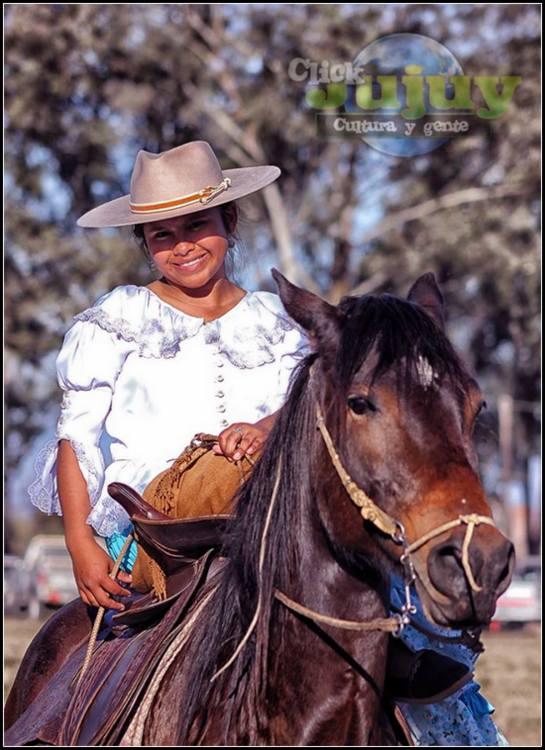Mujeres jujeñas a caballo Juanita Moro 1