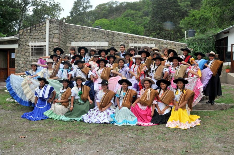 Paisanas visitaron la localidad de Yala (2)